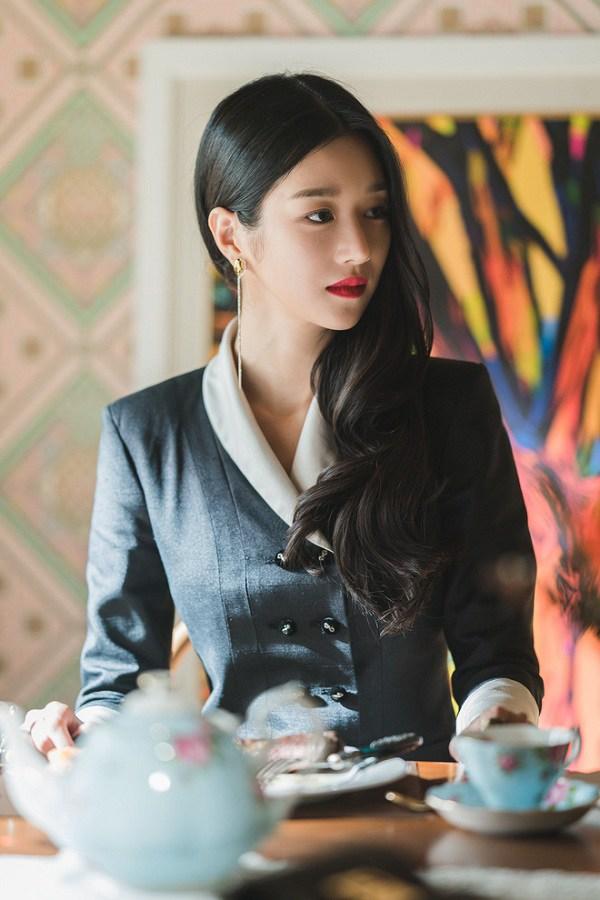 Xuất hiện 'chị đẹp' mới của màn ảnh Hàn Quốc: vóc dáng như người mẫu với vòng eo con kiến - Ảnh 1