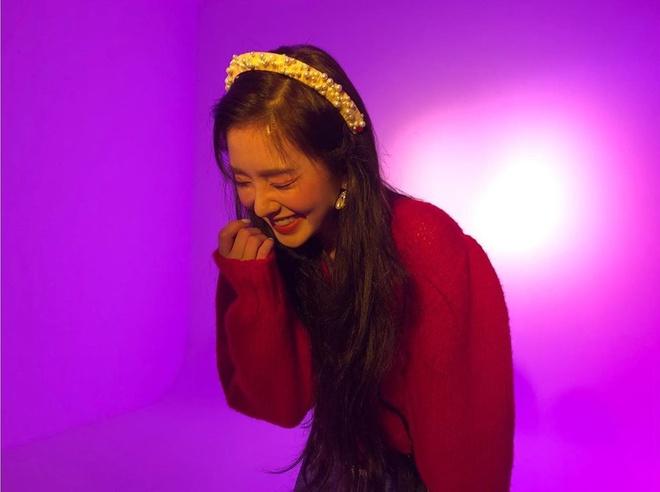 Mỹ nhân Red Velvet đã dùng phụ kiện gì để nâng tầm nhan sắc? - Ảnh 1