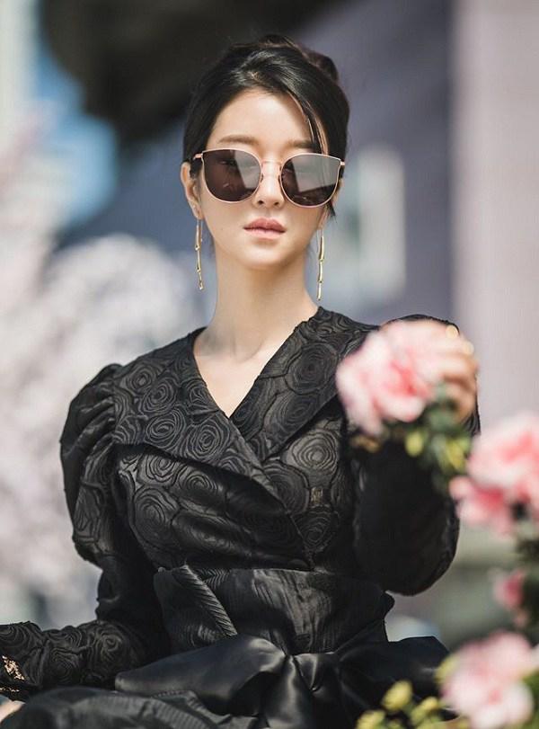 Xuất hiện 'chị đẹp' mới của màn ảnh Hàn Quốc: vóc dáng như người mẫu với vòng eo con kiến - Ảnh 2