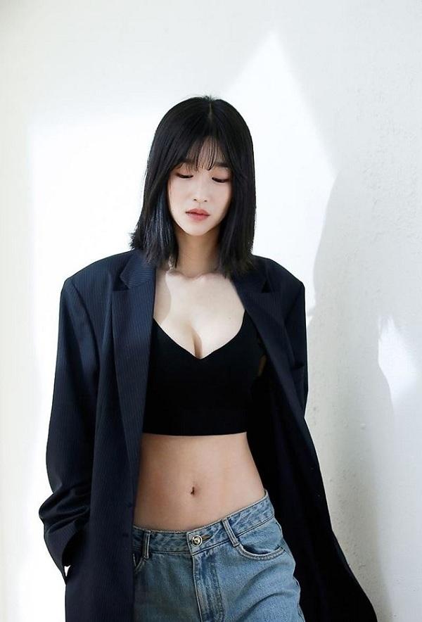 Xuất hiện 'chị đẹp' mới của màn ảnh Hàn Quốc: vóc dáng như người mẫu với vòng eo con kiến - Ảnh 7