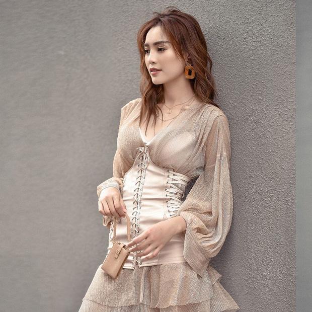 Dàn sao từ Hàn sang Việt đua nhau diện corset khoe eo thon ngực đầy - Ảnh 6