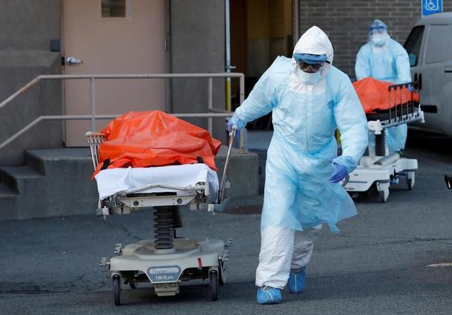 Mỹ ghi nhận kỷ lục gần 2.000 người chết vì Covid-19 trong 24h - Ảnh 1