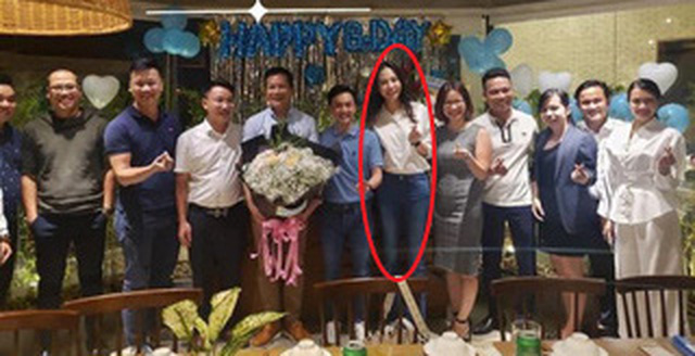 Đàm Thu Trang xuất hiện rạng rỡ, khoe trọn body thon thả sau 1 tháng sinh con - Ảnh 2