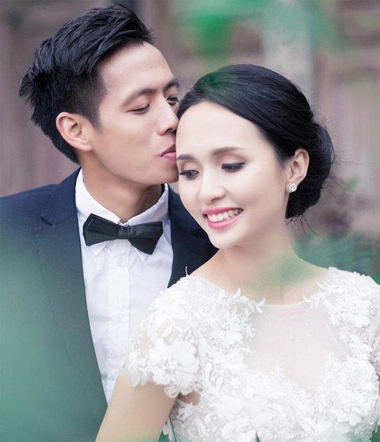 Bố vợ 'siêu giàu' của Duy Mạnh, Văn Quyết - Ảnh 2