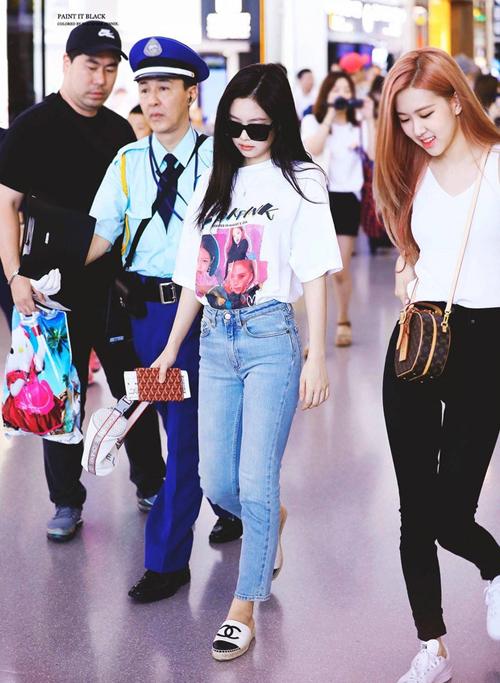 3 kiểu quần jeans hot nhất hè được Black Pink lăng xê - Ảnh 2