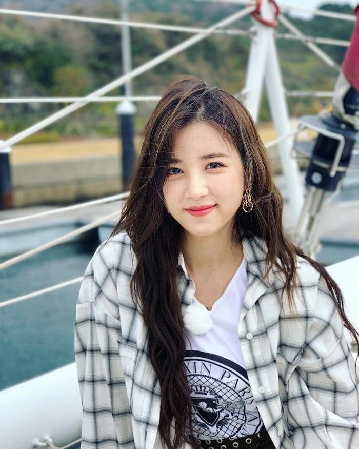 Nhan sắc 'hack tuổi' của loạt idol nữ Hàn Quốc sắp sang ngưỡng 30 trong năm nay - Ảnh 8