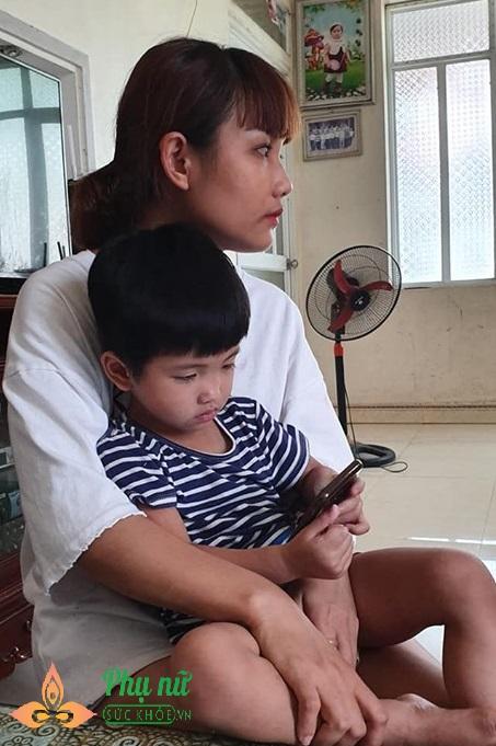 Nghẹn lòng mẹ đơn thân đi tìm công lý cho con gái bị bạo hành rạn sọ não,  thương tích 64% tại trường mầm non tư thục - Ảnh 4