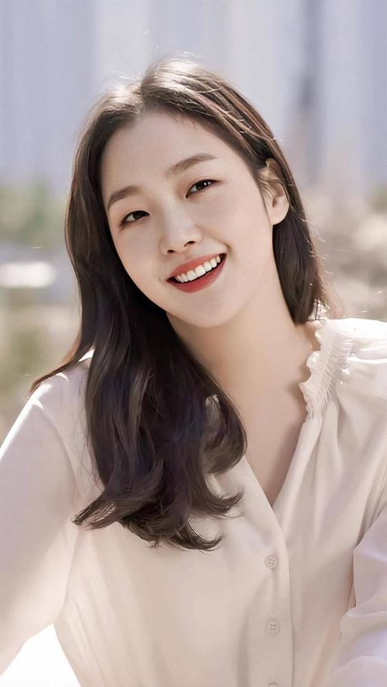 Người tình tin đồn của Lee Min Ho có gì nổi bật so với 2 bạn gái cũ? - Ảnh 3