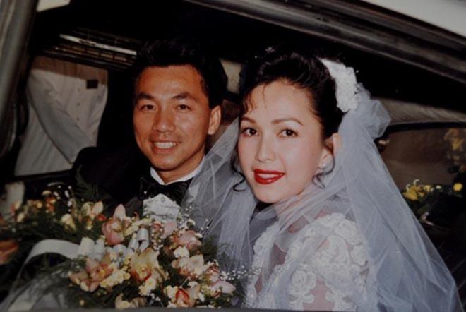 'Nữ hoàng ảnh lịch' Diễm My khoe nhan sắc lão hóa ngược sau 25 năm ngày cưới - Ảnh 2