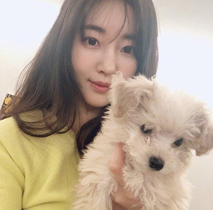 Dù 42 tuổi, 'Hoa hậu đẹp nhất Hàn Quốc' Kim Sarang vẫn trẻ như gái 20: Knet tố thẩm mỹ! - Ảnh 6