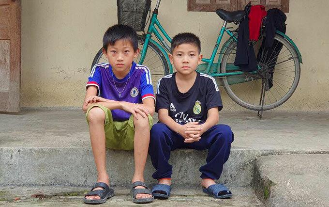 15 tiếng sinh tồn của hai bé trai bị bố 'quên' trong rừng - Ảnh 1