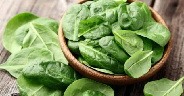 Những loại rau xanh nên bổ sung vào khẩu phần ăn giữa mùa dịch COVID-19 để bảo vệ sức khỏe của trẻ - Ảnh 2