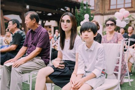Bí mật sao Hoa ngữ: Đổng Khiết đã tái hôn, còn sinh cả con gái? - Ảnh 1