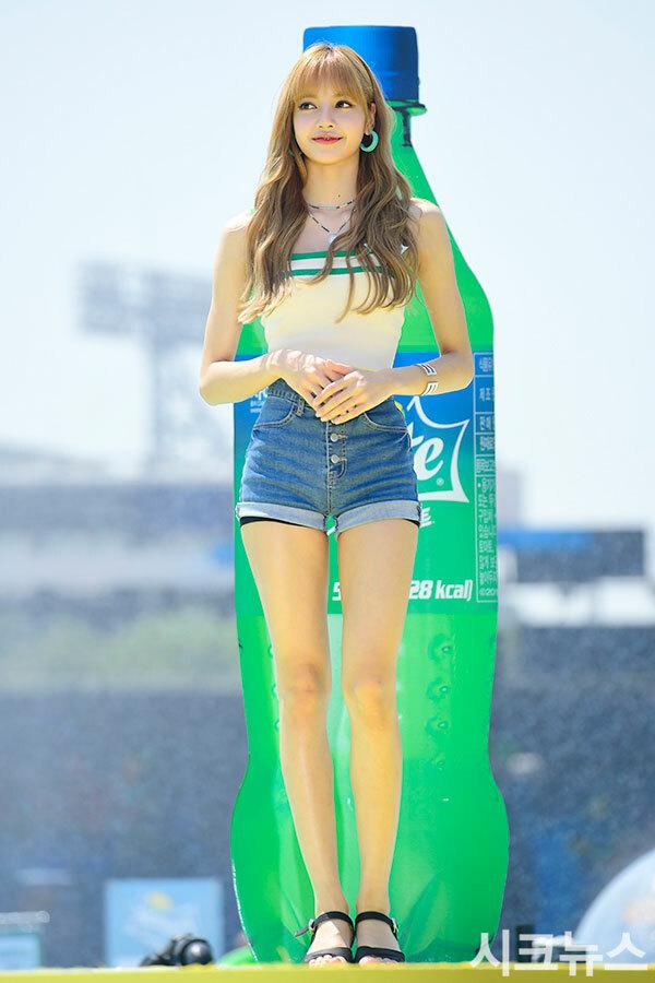 5 nữ idol có tỷ lệ cơ thể 'đỉnh' nhất - Ảnh 1