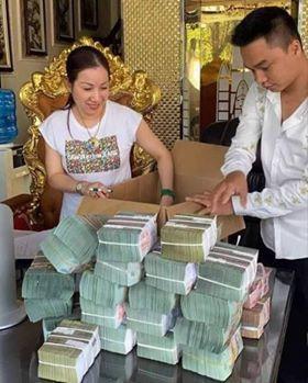 Chiêu thức kiếm tiền tỷ của vợ chồng doanh nhân Nguyễn Thị Dương - Ảnh 2