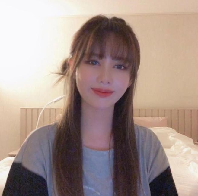 Học lỏm các sao Hàn cách để tóc đơn giản mà vẫn đẹp hút mắt - Ảnh 4