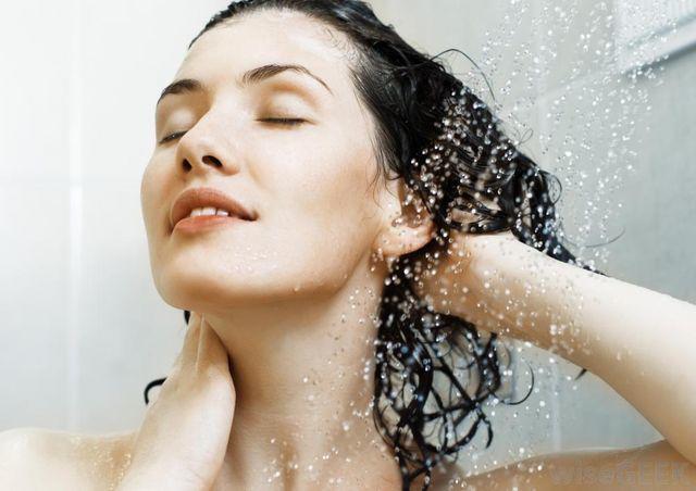Phụ nữ làm sạch kỹ 3 vùng này khi tắm giúp tăng sức khỏe, có thể kéo dài tuổi thọ - Ảnh 4
