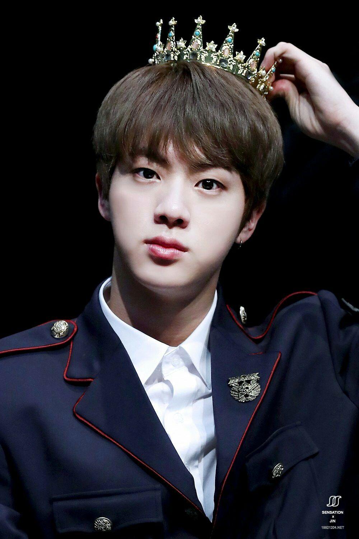 Jin (BTS) khiến fan gây thương nhớ với vẻ đẹp như hoàng tử trong quảng cáo mới - Ảnh 5