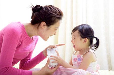 Sự khác biệt của trẻ uống sữa mỗi ngày và trẻ lười uống sữa - Ảnh 4