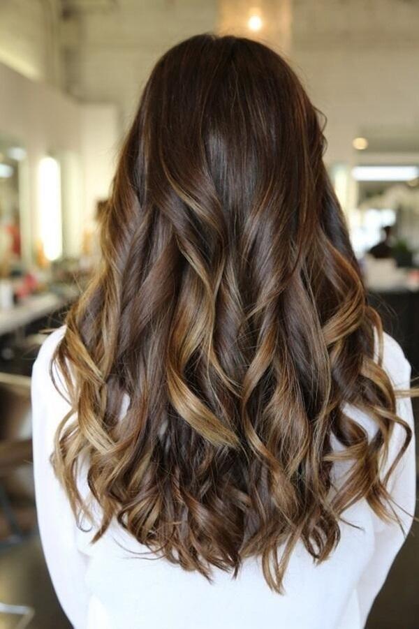 Những kiểu tóc xinh hết phần người khác con gái phải thử ngay dịp cuối năm - Ảnh 9