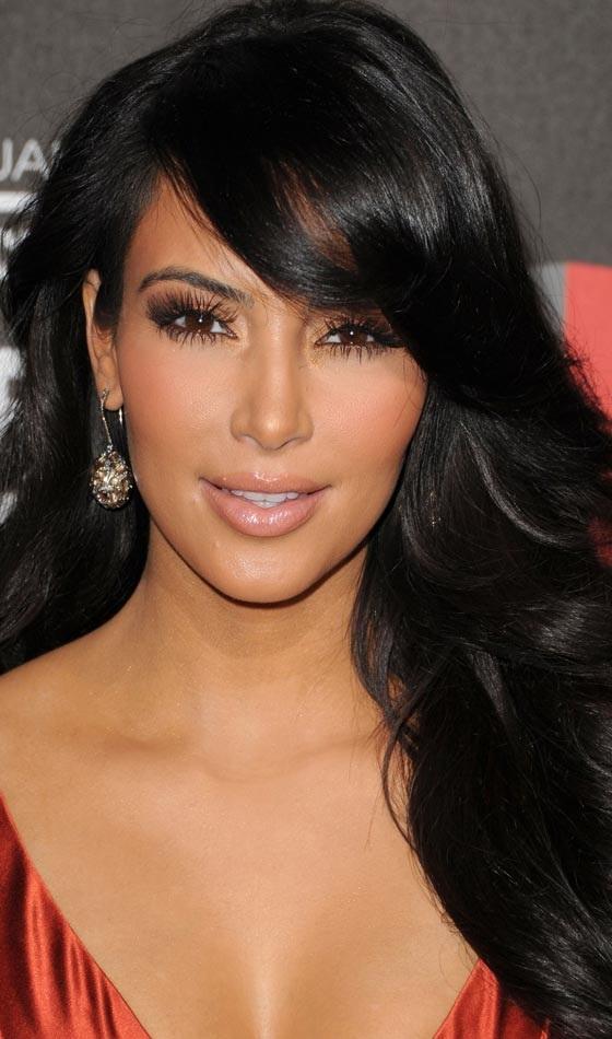 Tóc bob A-line là một gợi ý tóc đẹp không bao giờ lỗi mốt dành cho các bạn nữ có khuôn mặt dài