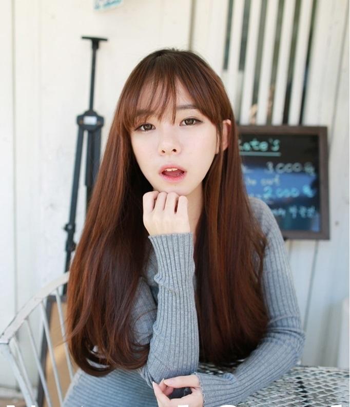 Kiểu tóc mái thưa Hàn Quốc cho mặt dài