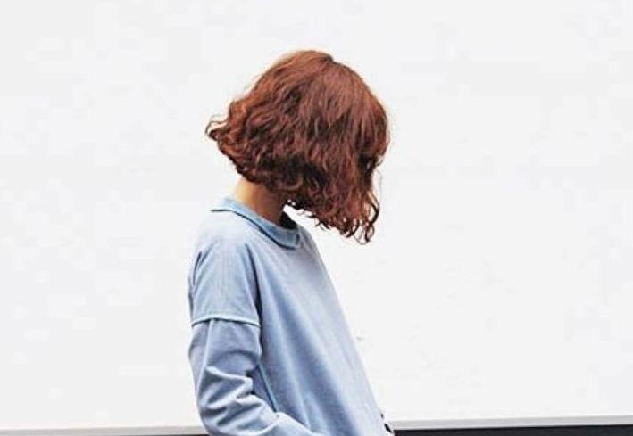 Tóc xoăn – Kiểu tóc ngắn đẹp Hàn Quốc trẻ trung