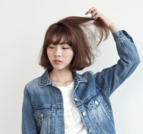Tóc ngắn mái thưa Hàn Quốc uốn cụp đuôi dễ thương