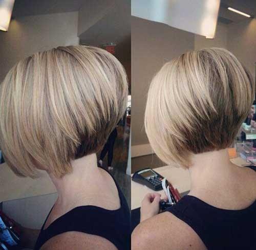 Tóc bob nhiều lớp là kiểu <a target='_blank' href='https://www.phunuvagiadinh.vn/toc-ngan-.topic'>tóc ngắn </a>thẳng đẹp nhiều chị em yêu thích