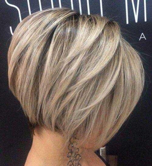 Bạn nên thử kiểu tóc thẳng đẹp Balayage độc đáo này một lần