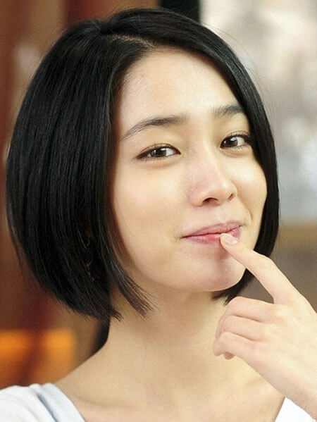 Kiểu tóc ngắn thẳng đẹp đến từ Nhật Bản mang phong cách đơn giản, trẻ trung