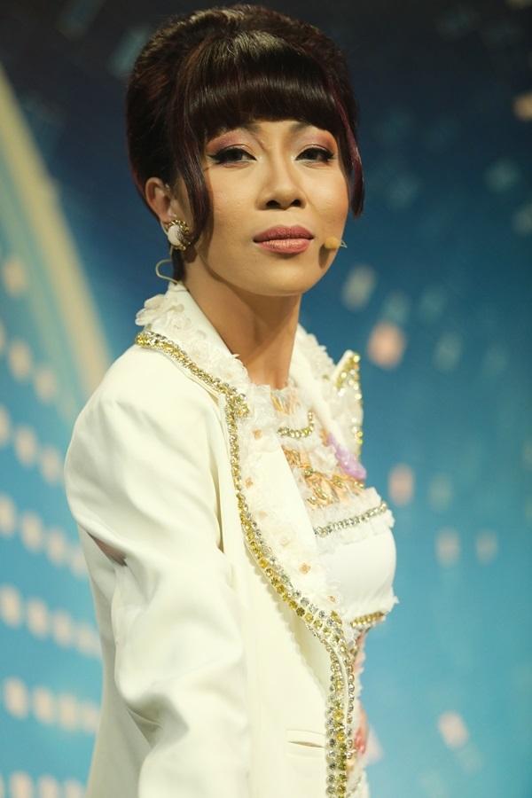 Những sao Việt bị 'ném đá' vì làm giám khảo gameshow - Ảnh 10