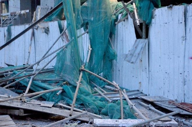 Vụ nam công nhân rơi từ giàn giáo, tòa nhà Diamond Plaza: Báo động an toàn lao động khi làm việc trên cao - Ảnh 5
