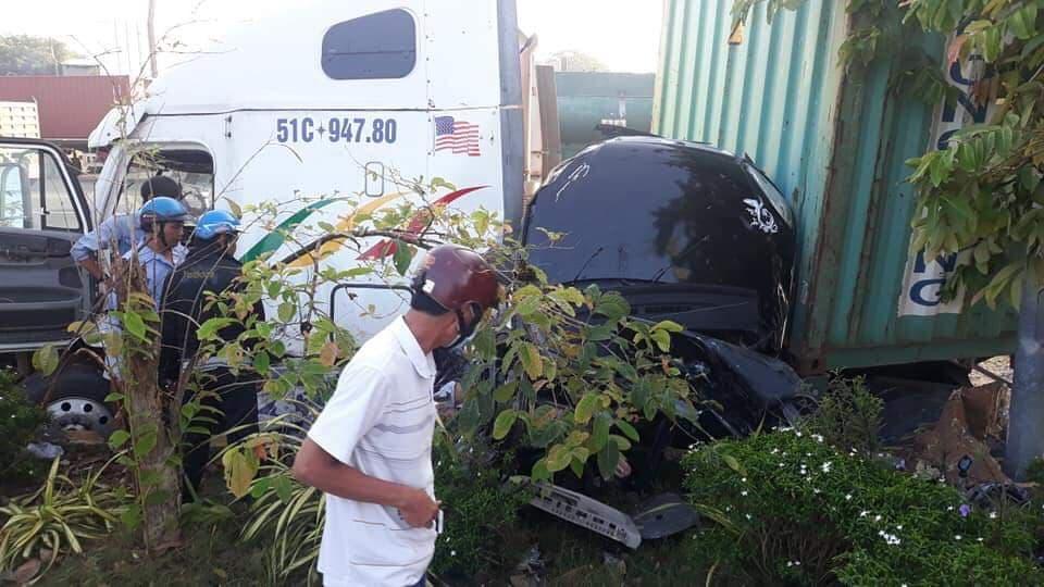 Nhân chứng kể tài xế container run lẩy bẩy sau tai nạn khiến 5 người thiệt mạng  - Ảnh 2