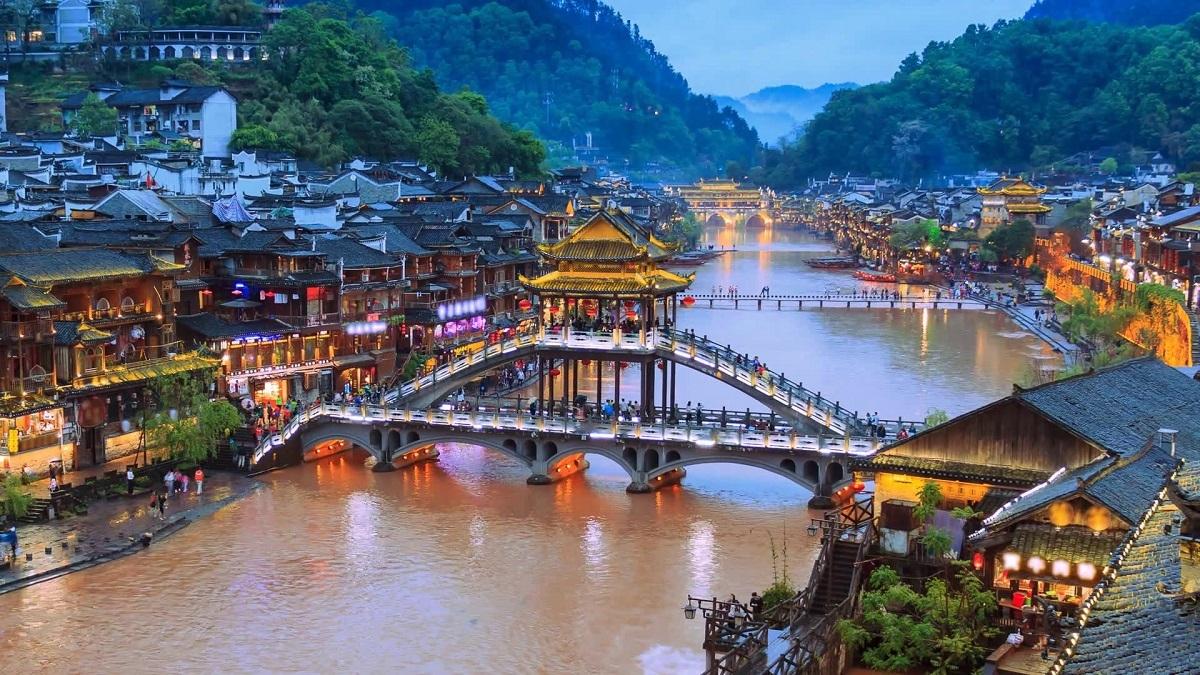 Xu hướng chọn tour du lịch sau Tết Kỷ Hợi 2019 - Ảnh 2