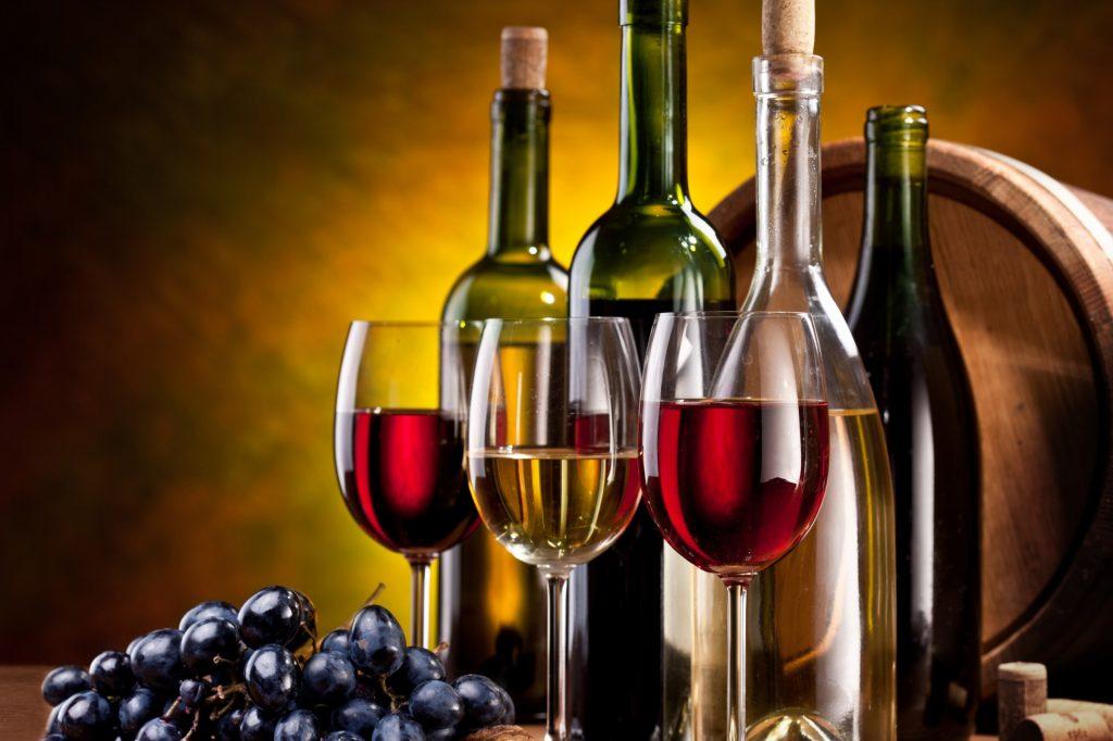 uống quá nhiều rượu dẫn đến nghiện và gây ra nhiều hậu quả xấu cho sức khỏe và cộng đồng