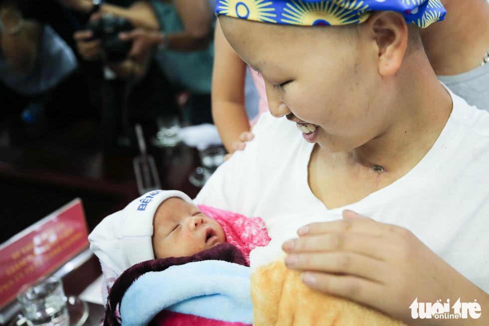 55 ngày diệu kỳ của mẹ Liên và bé Bình An - Ảnh 13