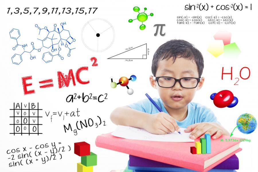 Độ chênh lệch tuổi của bố mẹ giúp sinh con thông minh: Hơn nhau 7 tuổi dễ sinh thần đồng? - Ảnh 1