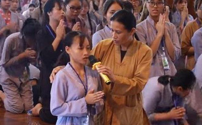 Thông tin bẩn: Chữa ung thư bằng tâm linh tại chùa Ba Vàng