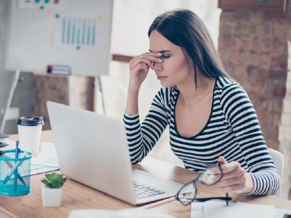 Làm việc vào cuối tuần làm tăng nguy cơ mắc bệnh trầm cảm ở hai giới - Ảnh 1