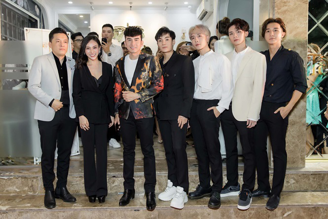 Lam Trường, Đan Trường và nhóm Monstar hội ngộ chúc mừng HH Thu Hoàng - Ảnh 6