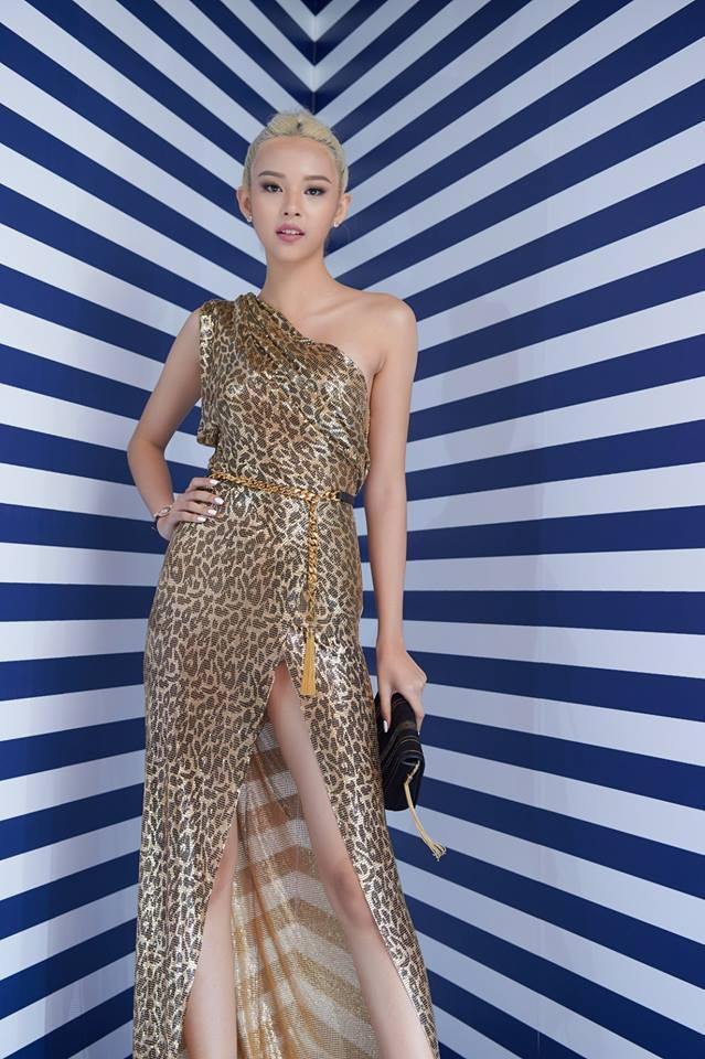 Phí Phương Anh 'cực ngầu' khi diện trang phục họa tiết da báo - món đồ khó mặc nhất 2018 - Ảnh 11