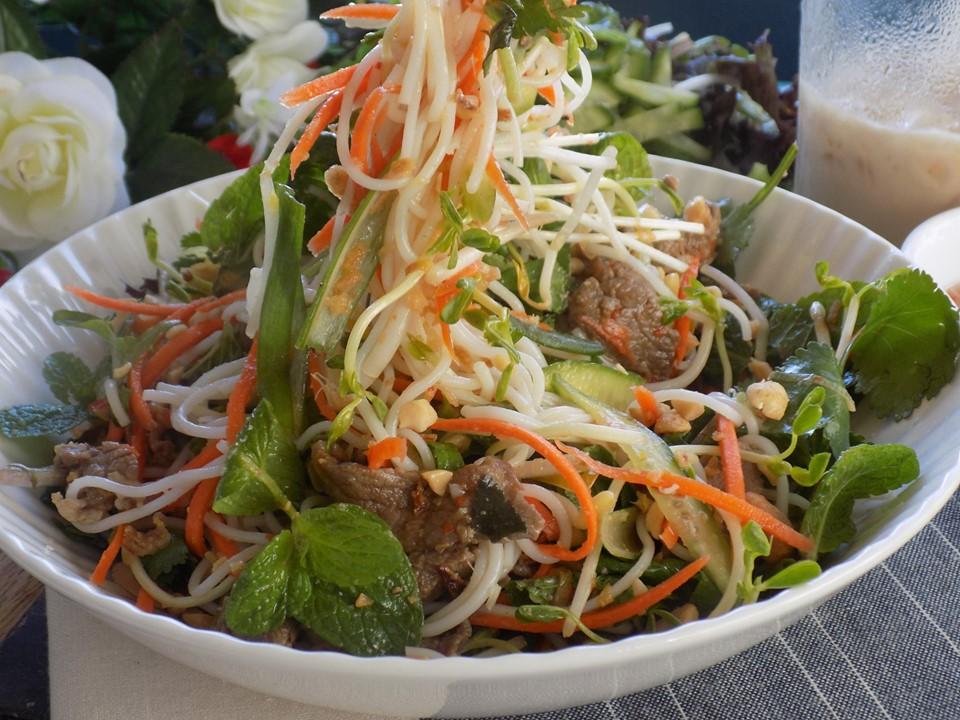 Cuối tuần làm salad thịt bò ngon hết nấc, chồng con tấm tắc khen mãi - Ảnh 6