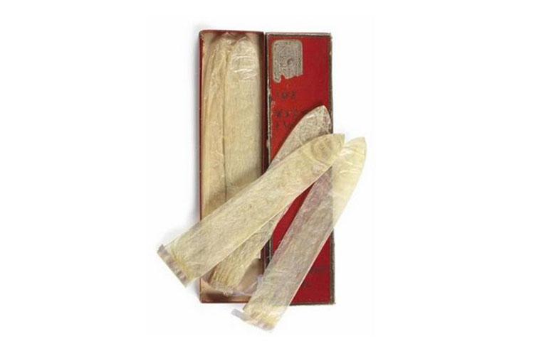 Thời xưa, bao cao su được làm từ động vật