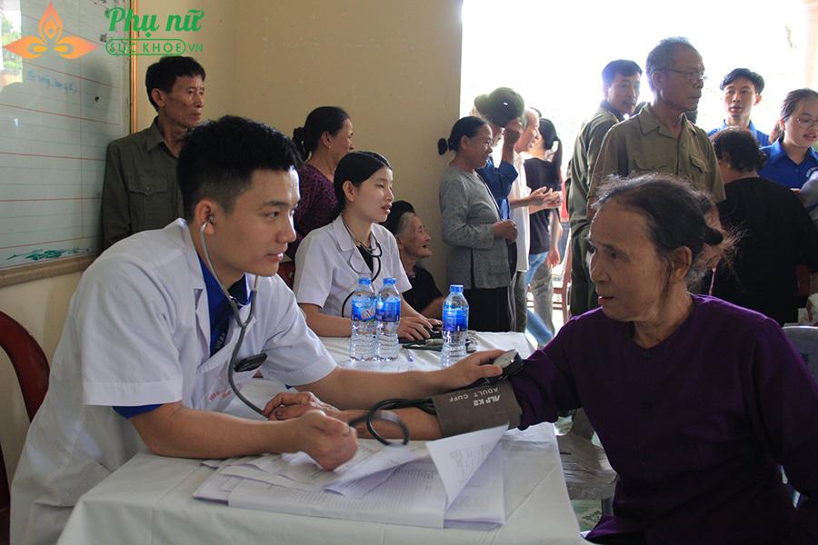Hơn 80% bệnh nhân hài lòng khi khám chữa bệnh: Thật hay ảo? - Ảnh 3
