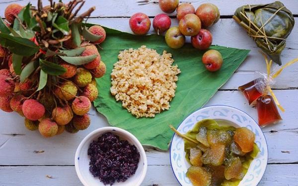Hoa quả theo mùa và theo từng vùng miền cũng góp mặt trong món ăn ngày Tết Đoan Ngọ - Ảnh minh họa: Internet