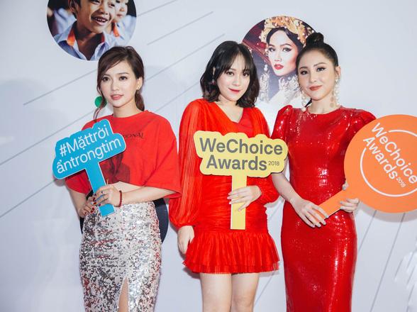 Dàn mỹ nhân Việt cạnh tranh body nóng bỏng trên thảm đỏ WeChoice Awards 2018 - Ảnh 4