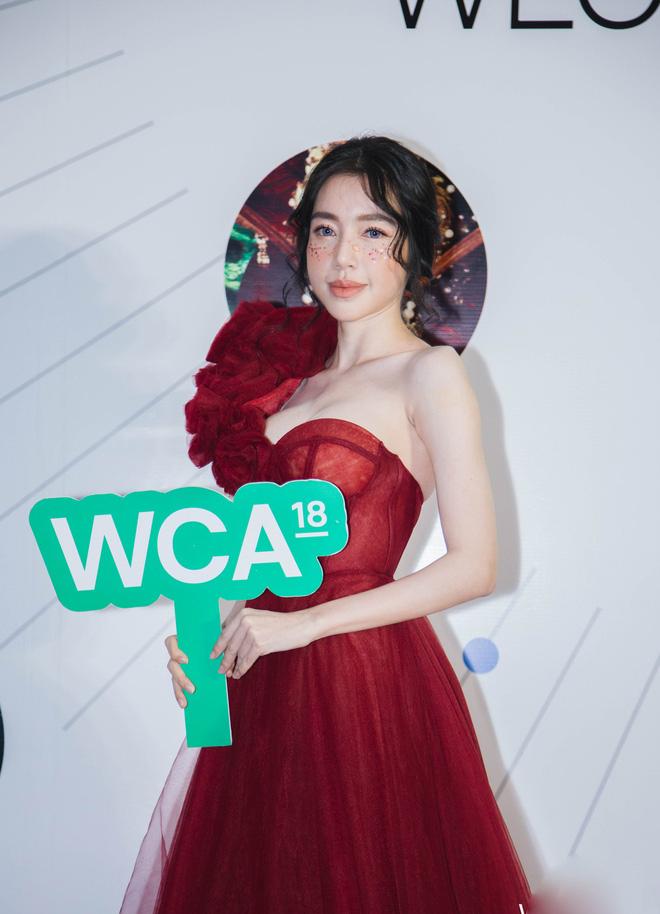 Dàn mỹ nhân Việt cạnh tranh body nóng bỏng trên thảm đỏ WeChoice Awards 2018 - Ảnh 8