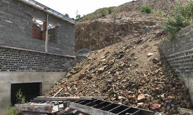 Khánh Hòa: Doanh nghiệp bất động sản đua nhau cạo trọc núi Cô Tiên - Ảnh 6