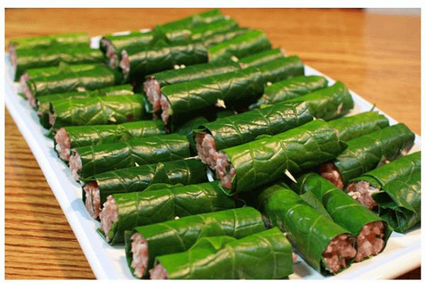 Người bị đau xương khớp do nên ăn bò cuốn lá lốt thường xuyên để nhanh chóng giảm tình trạng bệnh